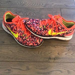 Women's Nike Free Tennis Shoes